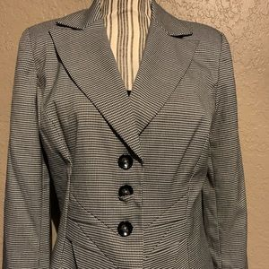 Worthington Tailored Womens Jacket SZ 10 EUC